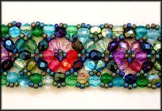 Kronleuchterjuwelen Glasperlenschmuck - Perlenspitzen-Halsband Tiffany (Detailfoto)