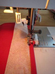 Kleine zoom naaien Vegan Coleslaw vegan coleslaw recipe no mayo Sewing Basics, Sewing Hacks, Sewing Tutorials, Sewing Crafts, Sewing Tips, Sewing Ideas, Sewing Lessons, Tips & Tricks, Love Sewing