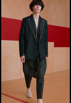 Acne Studios Fall/Winter 2016-2017 Menswear Fashion Show