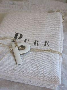 "Les merveilles d'Aurélie and ""P""stands for Patricia. Textile Texture, Textiles, Grain Sack, Linens And Lace, Shades Of White, Linen Pillows, Letters And Numbers, Natural Linen, Lana"