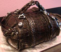 Fondant Gucci Purse by The Scottsdale Bakery