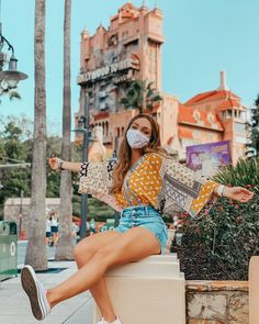 Disney New Year, Disney Day, Disney Girls, Cute Disney Pictures, Disney World Pictures, Parque Universal, Disney Poses, Theme Park Outfits, Disney World Outfits
