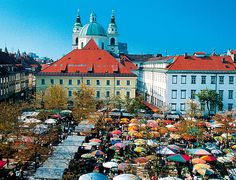 Ljubljana's Central Market is more than just a place to shop. Traditionally, it has also been a place for the locals to meet and enjoy themselves together.