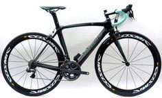 Bianchi Oltre with Dura-Ace Di2 & Mavic Cosmic Carbon SLR wheels by La Bicicletta Toronto, via Flickr