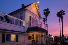 Sunset shoot of The Hill Street Cafe in Oceanside, CA. Photography by Dustin Ellison.