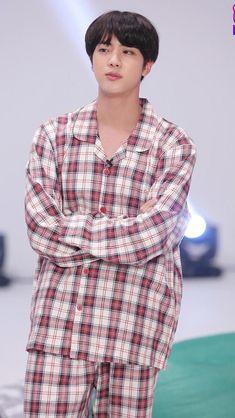 Read from the story 《why》BTS X JIN by idk_haechan (idk《 kim dong hyuck 》) with reads. thaejin, bts, PUM NARRADORA En el momento en el q kook y.