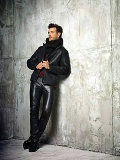 http://liamhubpages.hubpages.com/hub/Best-Leather-Pants-for-Men-2013