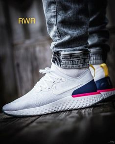 *Nike Epic React*  Size - 41 to 45 *Price - 1999/- Only *  Free Shipping 😍  #shoes #sneakers #sports #shoe #sneaker #white #blue #pink… White Sneakers, Sneakers Nike, Sneakers Fashion