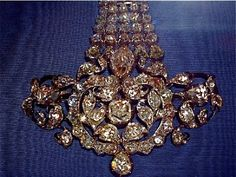 Royal Jewels of the World | The Danish crown jewels