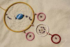 Der Kinderzimmer TRAUM  Ein bunter Traumfänger - DReamcatcher bestehend aus 5 Ringen. Dem Dreamcatcher wird nachgesagt, er sorge für einen erhol...