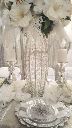 Diamant du Parris Inc. 1920s Party, 1920s Wedding, Wedding Ideas, Christmas Tablescapes, Christmas Table Decorations, Holiday Decor, New Year Table, Table Dressing, Planner Decorating