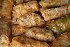 Töltött Káposzta Recipe (Hungarian stuffed cabbage rolls over sauerkraut) Hungarian Stuffed Cabbage, My Favorite Food, Favorite Recipes, Good Food, Yummy Food, Romanian Food, Cabbage Rolls, Jewish Recipes, Halloween Food For Party