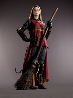 Ginny in Quidditch gear. I'm pinning this for reference later. I might wanna make some Quidditch robes.
