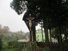 Kříž u kostela - Dolní Poustevna - severní Čechy