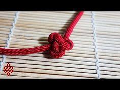 How to Tie a Lambda Knot Friendship Paracord Bracelet Tutorial - YouTube