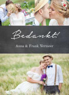 Bedankkaart met zwart krijtbord en jullie mooiste trouwfoto.