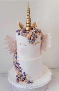 Pretty Cakes, Cute Cakes, Beautiful Cakes, Amazing Cakes, Unicorn Themed Birthday Party, Cute Birthday Cakes, Unicorn Party, Fig Cake, Cute Desserts