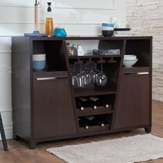 Storage and design e hand in hand with this spacious and