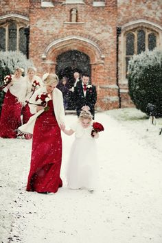 Red, Black and White Winter Wedding Color Ideas: White bridal gown with a bright red scarf, red bridesmaid dresses with black or white scarfs, red wedding bouquets, groom and groomsmen in black suits with wedding boutonnieres… Red Bridesmaids, Red Bridesmaid Dresses, Wedding Dresses, Winter Wedding Colors, Winter Wedding Inspiration, Winter Weddings, Wedding Colours, Hair Inspiration, Red Wedding