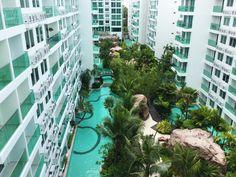 Short term holiday rentals at Pattaya. Vacation apartments and villas for rent. Vacation Apartments, Two Bedroom Apartments, One Bedroom Apartment, Pattaya, Room Kitchen, Balcony, Sunnies, Separate, Bathrooms