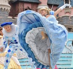 Cute Cosplay, Cosplay Dress, Halloween Cosplay, Halloween Costumes, Cinderella Cosplay, Cinderella Disney, Disney Princesses, Disneyland Princess, Disneyland Paris