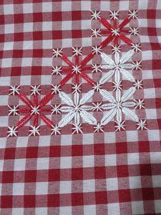 Bordado español. Swedish Embroidery, Hardanger Embroidery, Hand Embroidery Stitches, Hand Embroidery Designs, Cross Stitch Embroidery, Embroidery Patterns, Cross Stitch Patterns, Quilt Patterns, Chicken Scratch Patterns
