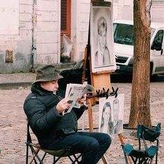 Montmartre is unlike any other place in Paris. You can walk around the Place du Tertre on Sundays and be surrounded by tourists and artists (like this painter who& taking a break to read the morning newspaper). Paris France Travel, Paris Travel Guide, Travel Tips, Travel Destinations, Paris Things To Do, Louvre Museum, Apartment View, Paris Images, Paris Pics