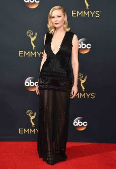 Kirsten Dunst - Givenchy Haute Couture. Emmy Awards.