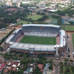Loftus Versfeld - Pretoria - South Africa - holy grounds for all Blue Bulls rugby supporters Pretoria, African Countries, Countries Of The World, Beautiful Places To Visit, Oh The Places You'll Go, Port Elizabeth, Kwazulu Natal, Kruger National Park, My Land