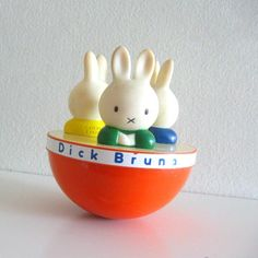 1980s Vintage Roly Poly Squeaky Toy Dick Bruna Miffy par ismoyo