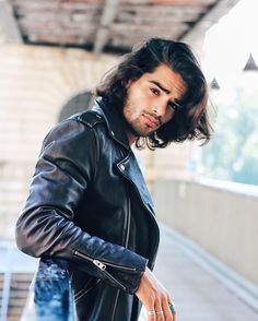 Mens Hairstyles With Beard, Hair And Beard Styles, Hair Styles, Black Curly Hair, Curly Hair Men, Men Hair, Classic Leather Jacket, Grunge Guys, Beautiful Men Faces