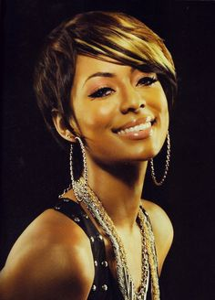 Keri Hilson. I'd love to highlight mine like this.