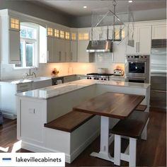 24 Best Kitchen Island Ideas Finally In One Place Big Kitchen Island With Bench Seating Kitchen island design ideas: anything on the scale. Kitchen Ikea, Big Kitchen, Home Decor Kitchen, Interior Design Kitchen, Kitchen Dining, Island In Small Kitchen, Awesome Kitchen, Small Island, Kitchen Cabinets