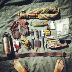 Photo from becomingwildman Bushcraft Equipment, Bushcraft Camping, Bushcraft Knives, Camping Equipment, Camping Gear, Survival Tools, Wilderness Survival, Edc, Best Bug Out Bag
