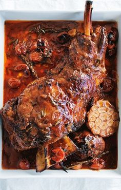 DONNA HAY'S SLOW-ROASTED LAMB SHOULDER with RED WINE & CARAMELIZED ONION [Donna Hay] Slow Cooker Recipes, Meat Recipes, Dinner Recipes, Cooking Recipes, Healthy Recipes, Recipies, Healthy Food, Lamb Roast Recipe, Lamb Dishes