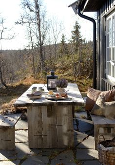 25 trendy home exterior rustic patio Bar Design, Home Design, Outdoor Dining, Outdoor Spaces, Outdoor Decor, Dining Table, Winter Balkon, Terrasse Design, Rustic Patio