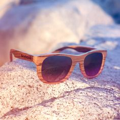Sunglasses carved from REAL wood! Creative Promotional Items: Top 12 Wooden Corporate Gifts - Think Logo Promotional Products Swag Ideas, Trade Show Giveaways, Christmas Party Favors, Christmas Gifts, Going Away Gifts, Wooden Sunglasses, Videos Tumblr, Realtor Gifts, Beach Ready