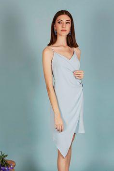 VESTIDO ARIANE | Teria Yabar Primavera Verano 2020 Dresses, Fashion, Vestidos, Straight Dress, Draping, Spring Summer, Moda, Fashion Styles, Dress