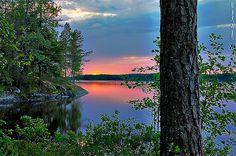 Finnish summer evening by Rob Orthen, via Flickr