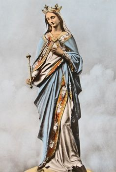 Regina Mundi A 19th century French statue of Mary as Queen of the World.