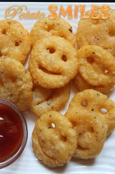 I can see a smile in your face when you see this recipe.One of my reader send me a request to share this recipe and . Potato Snacks, Potato Recipes, Baby Food Recipes, Indian Food Recipes, Cooking Recipes, Good Food, Yummy Food, Tasty, Delicious Recipes
