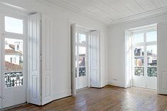Ventanas Architectural Elements, Shutters, Window Treatments, Garage Doors, Windows, Flooring, Architecture, Lisbon, Outdoor Decor