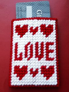 Love Gift Card Holder, Valentines Day Gifts,Gifts for Her,Gifts for Him,Gift Card Holder,Hearts,Love,Plastic Canvas,Homemade, by TinetinesCreations on Etsy https://www.etsy.com/listing/262833141/love-gift-card-holder-valentines-day