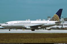 Continental Boeing 737-200