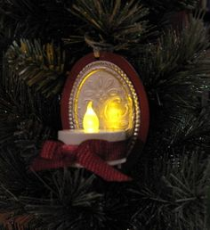 Sconce ornament -  Tutorial provided!