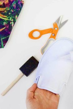 Customizing your wardrobe has never been so easy. Grab your favorite fabric and recover a pair of shoes with the latest trend. #fiskars #upcycle #diy