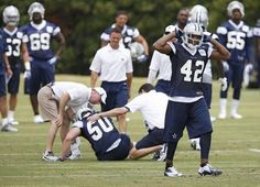 Now what? @DavidMooreDMN blogs about the #Cowboys options to replace MLB Sean Lee http://d-news.co/xkntu pic.twitter.com/Xb1xVyMDCb