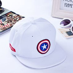 2016 New Brand Embroidery Superhero Captain America Baseball Cap Flat Hat  For Men Women Summer Casual 272d0ab63fcc