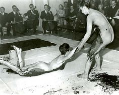 Yves Klein, Anthropometries Of The Blue. Yves Klein, Rosa Parks, Judo, Guggenheim Bilbao, Art Informel, Medieval Paintings, Sound Art, Artists And Models, Muscular