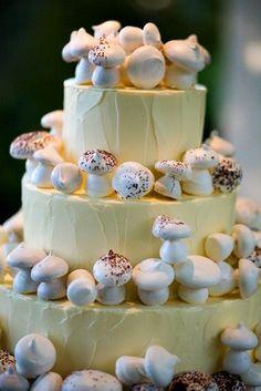 mushroom wedding cake ideas